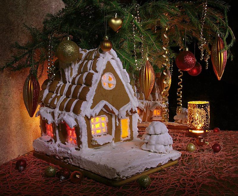 натюрморт, домик, пряничный домик, елка, ель Давайте верить в волшебство! фото превью