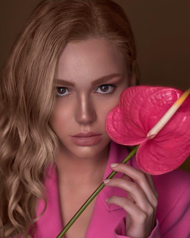 #pink #portrait #fashion #beauty #makeup #flower Pinkphoto preview