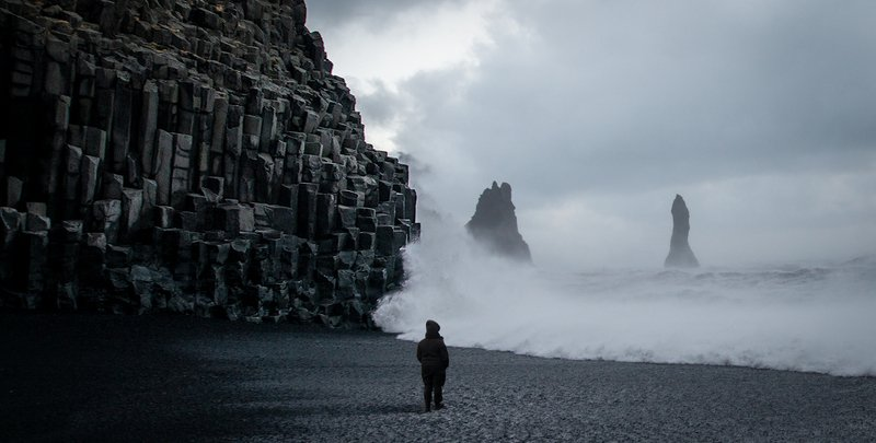 iceland, wind, basalt, rocks, waves Iceland dreamingphoto preview