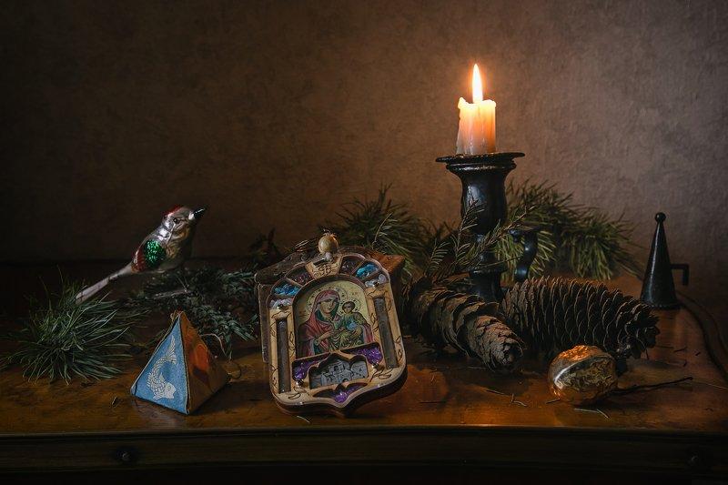 натюрморт, рождество, икона, ёлка, игрушки, свеча Светлый праздник Рождестваphoto preview