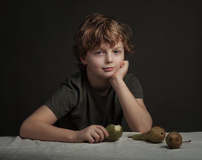 fine art , постановочная фотография ,жанровый портрет, детский портрет мальчик photo preview