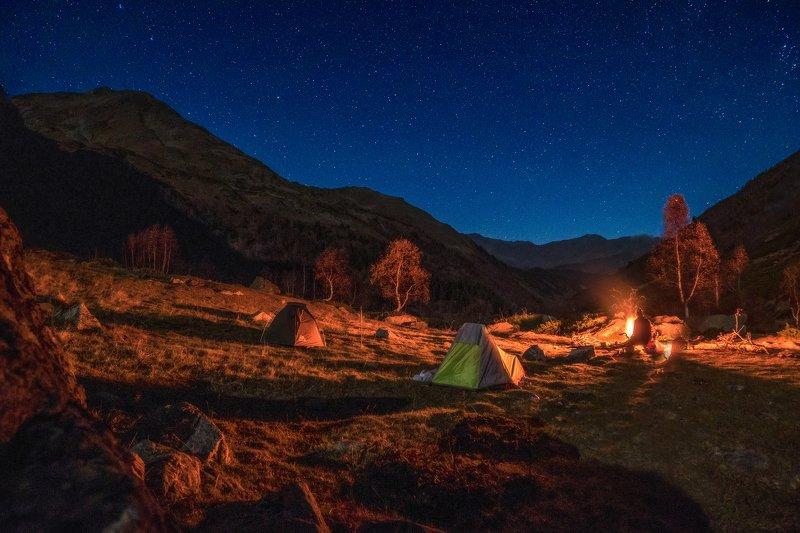 пейзаж горы архыз озёра Вечер с костром это здоровоphoto preview