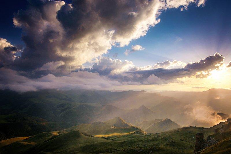 кавказ,бермамыт мускатные холмыphoto preview