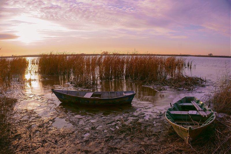 утро,река,мёртвыйдонец,солнце,лодка,пейзаж,взгляд Первый лёд...photo preview