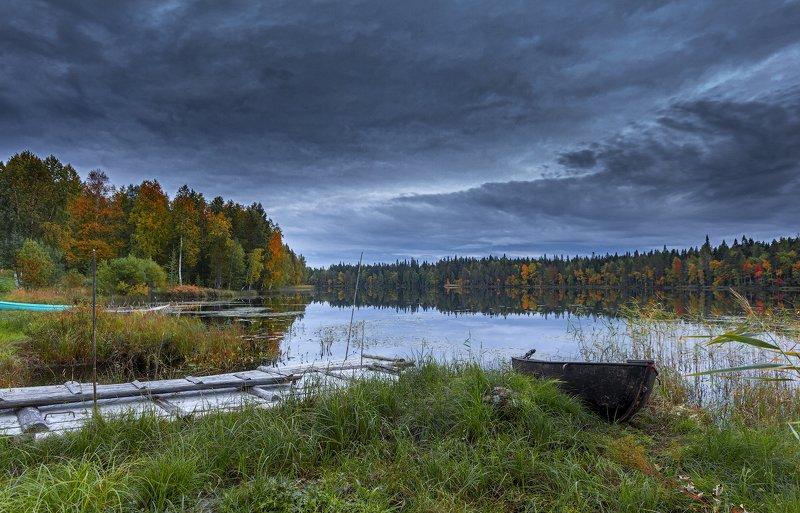 архангельская обасть, амбурские озера, староверы, русский север, осень, лодка На оз. Амбурскомphoto preview