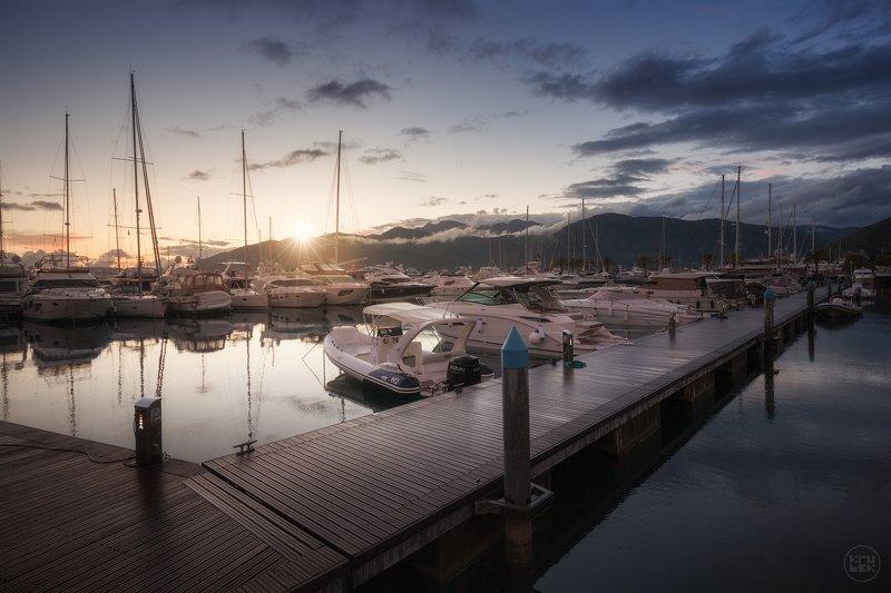 черногория, тиват, закат Porto Montenegrophoto preview