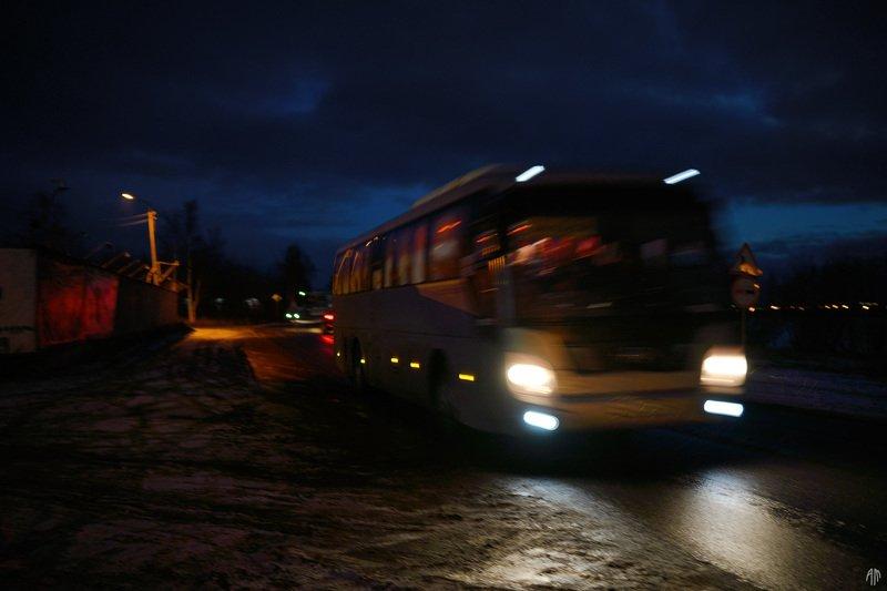 уличная фотография, streetphotography, ночь, Следующая остановка - Тотороphoto preview
