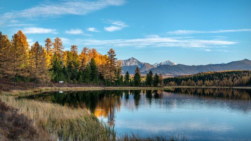 горы, алтай, горный алтай, озеро, озеро киделю, киделю, отражение, вода, зеркало, вечер, закакат, конь, лошадь, осень, золотая осень, панорама Вечер на Киделю.photo preview