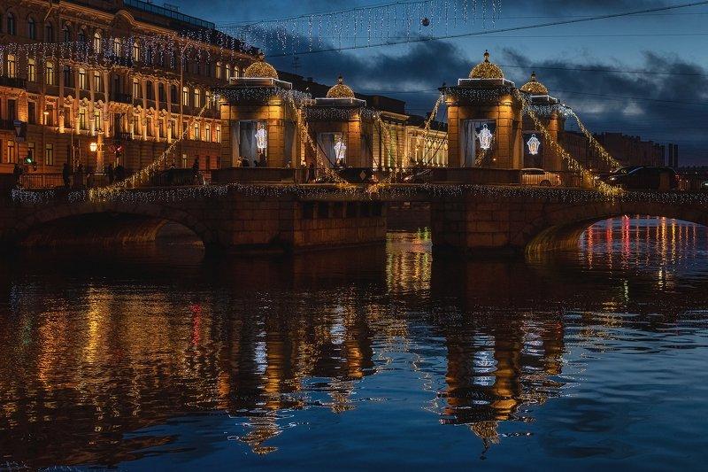 мост, вода, иллюминация, ночь, праздники, без людей, улица, зима, прогулка Зыбкие отражения прошедшего праздникаphoto preview