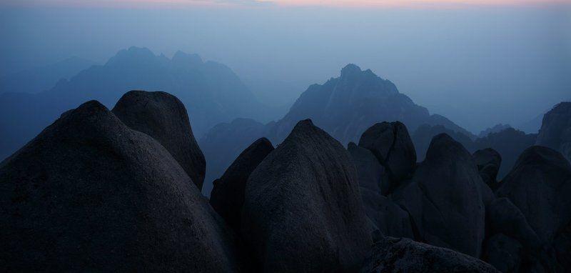 хуаншань, китай, желтые, горы Виды желтых горphoto preview