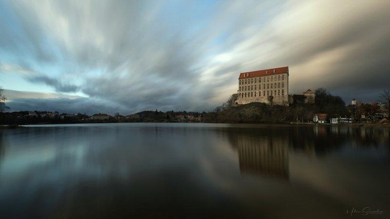 sky, kastle, longexpoure,lake, Before duskphoto preview