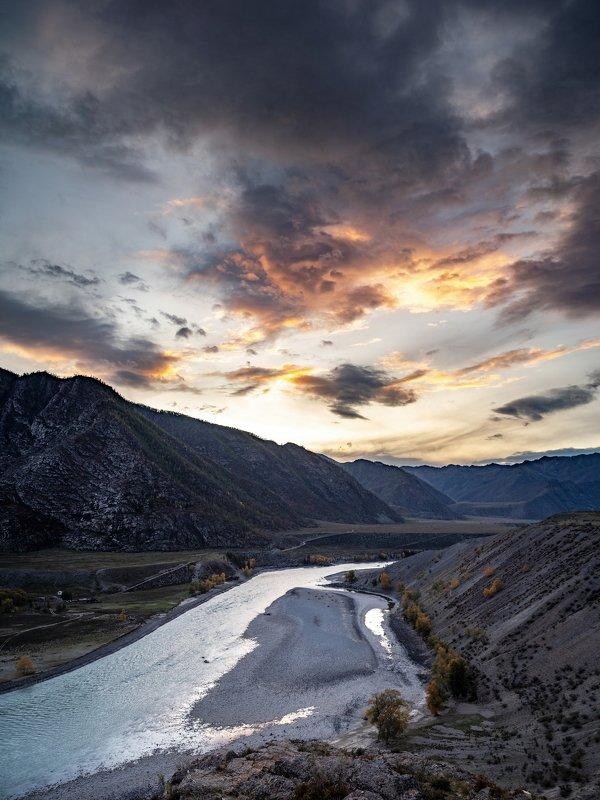 горы, алтай, горный алтай, ник васильев, красота, река, катунь, вечер, закат, сумерки, вода Вечер на Катуни.photo preview