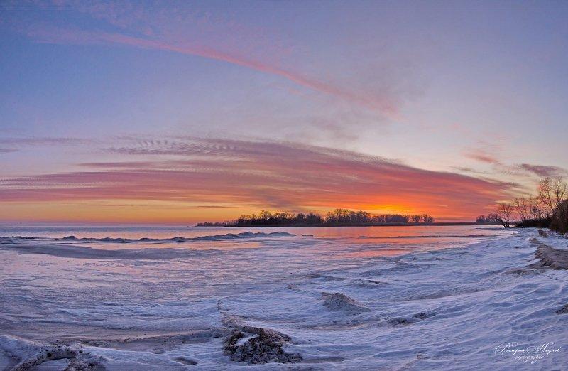 зима, снег, мороз, застывшая волна, рассвет, утро Застывшие волныphoto preview