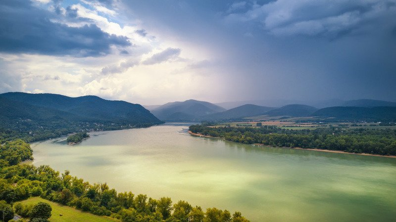 венгрия, гроза, дождь, дунай, европа, июль, лето, река Гроза над Дунаемphoto preview