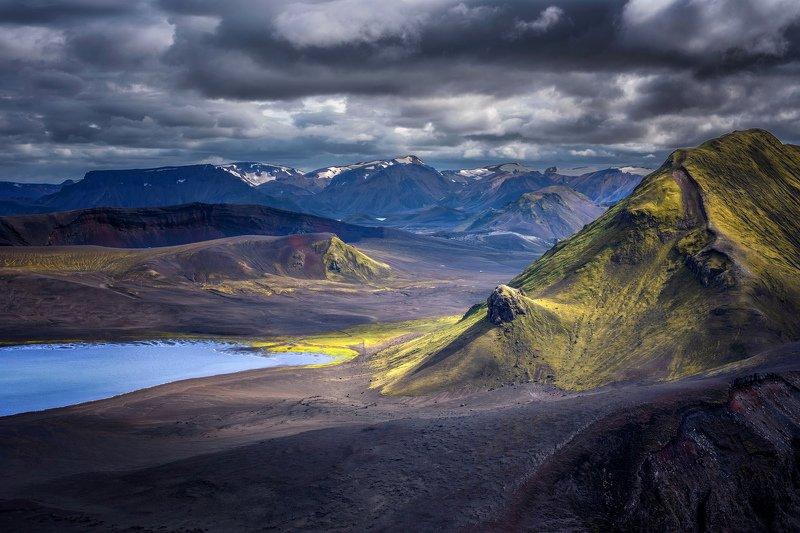 исландия,iceland зелёная гораphoto preview