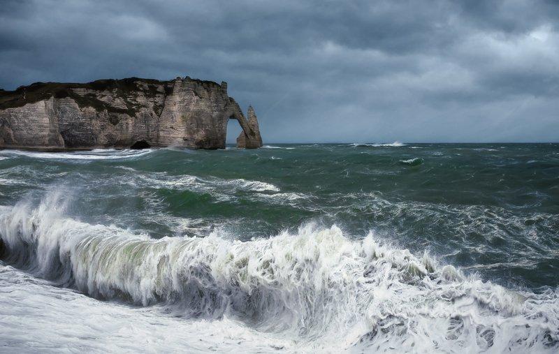 пейзаж,океан,шторм,берег,нормандия,скала,волны,непогода Шторм.photo preview