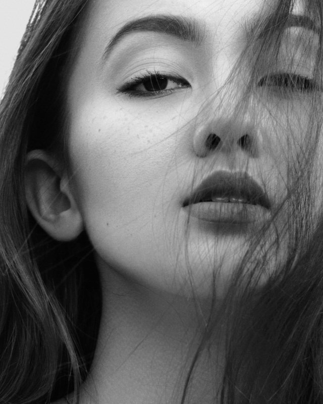 woman, portrait, bnw, black, and, white Juliaphoto preview