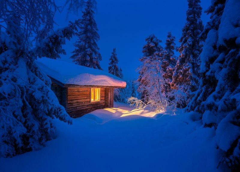 Жила зима в избушкеphoto preview