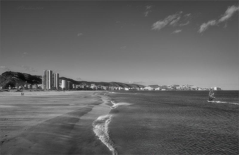 город, море, пляж, ветер Ветреный полденьphoto preview