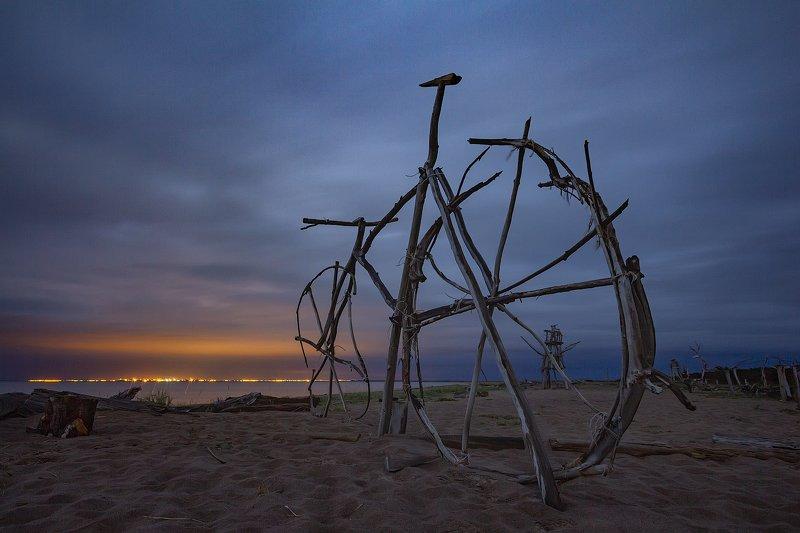 ночное фото, арт-объект, архангельская область, Белое море, Тайбола Велосипедphoto preview