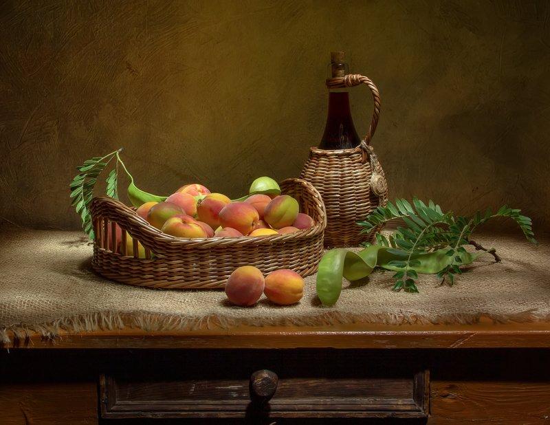 натюрморт, крым, абрикосы, вино, акация Крымские абрикосы... фото превью