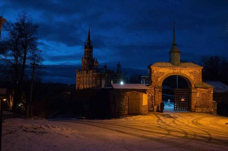 Можайский кремль, Никольский собор Вечерний Можайскphoto preview