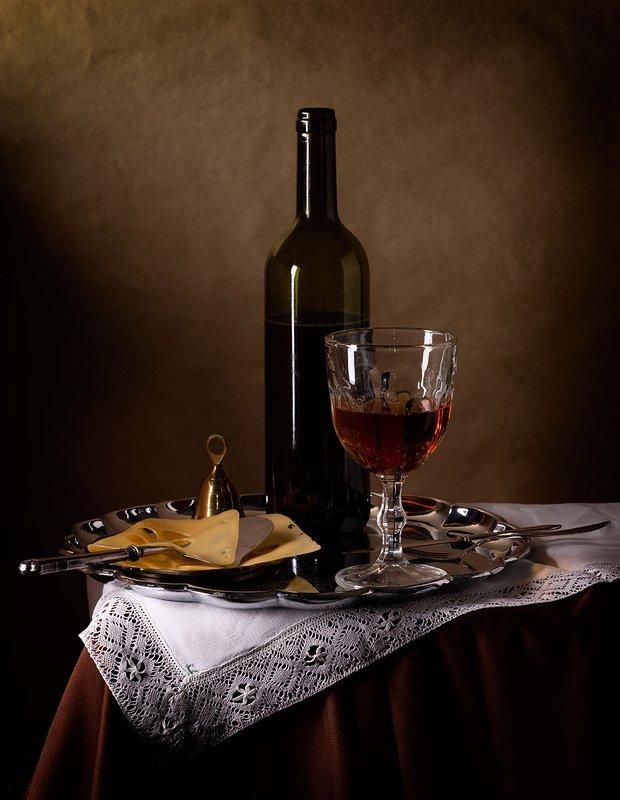 Натюрморт с виномphoto preview