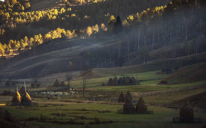 Рассвет. Осеняя Румынияphoto preview