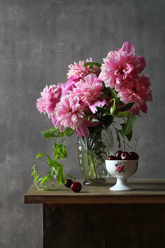 натюрморт, цветы, букет, пионы, черешня Летнийphoto preview