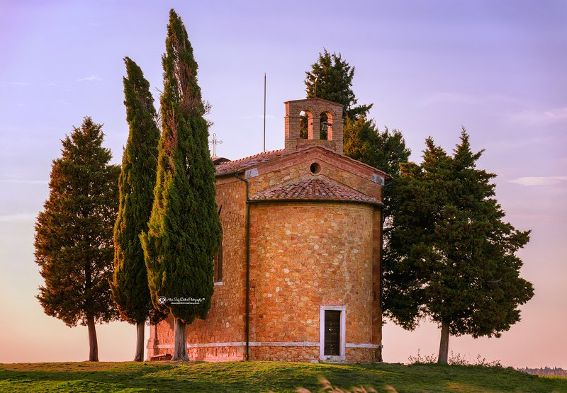 landscape chapel history nature The Marvel of Tuscanyphoto preview