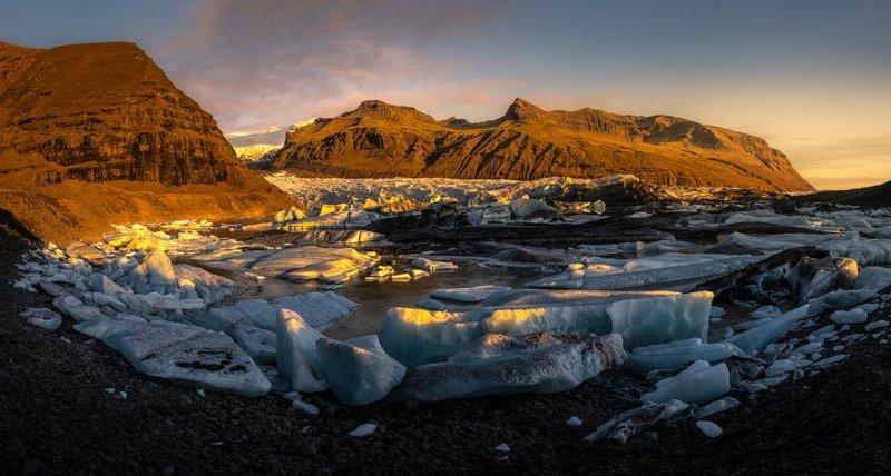@landscape @mountains @sunrise @iceland @photography @travel Glacierphoto preview