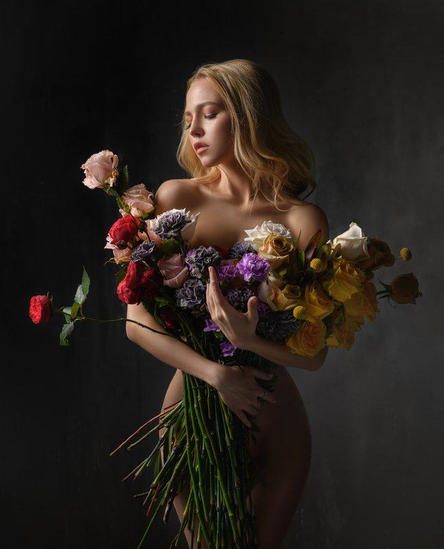 #взгляд  #портрет #flora #flowers #body #portrait #beaty #nature #girl #model Флораphoto preview