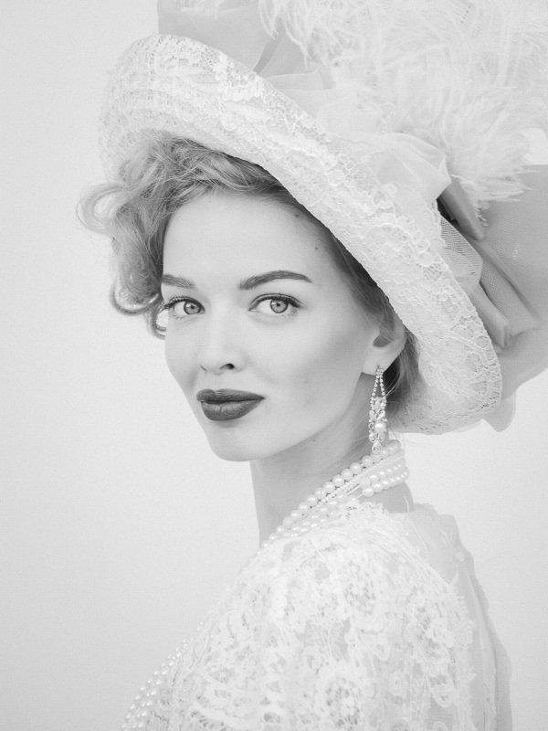 портрет, девушка, ч/б, глаза, фестиваль, весна, шляпка, красиво, взгляд,  Ангелинаphoto preview