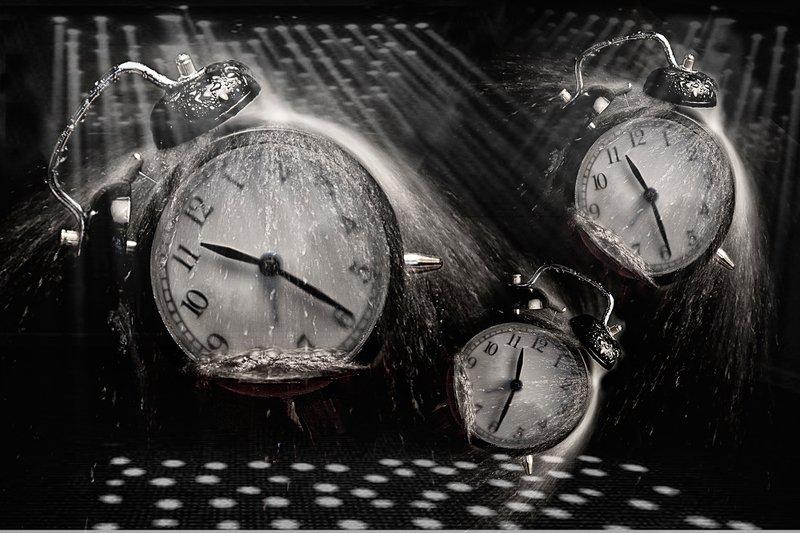 часы Время как вода.photo preview