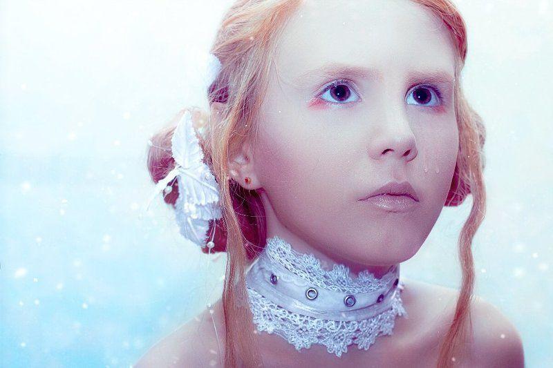 девушка,портрет,ребенок,губы,снег,слезы Grand Princessphoto preview
