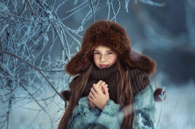 В зимнем лесуphoto preview