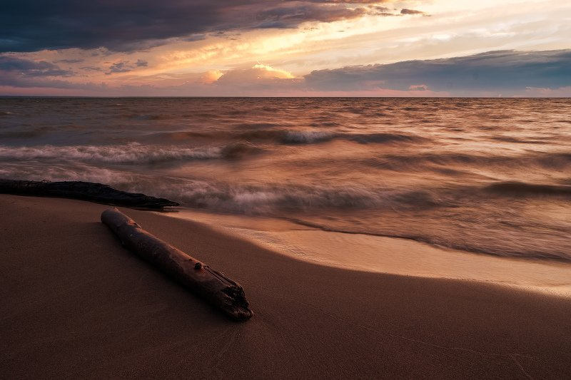 Закат море вода солнце тучи обь водохранилище Обское мореphoto preview