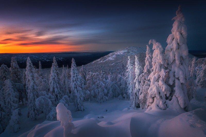таганай, урал, горы, зима, рассвет Краски Таганаяphoto preview
