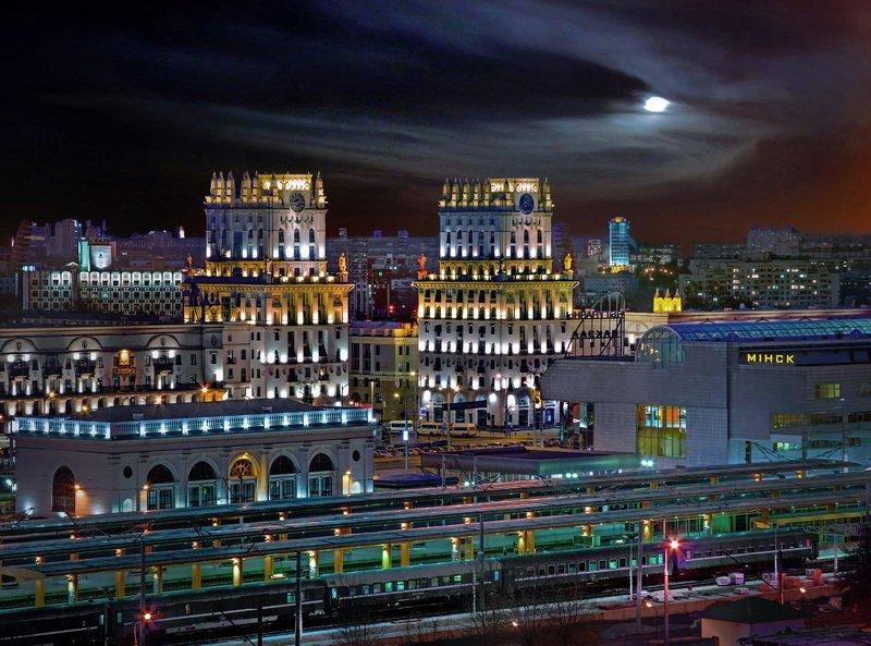 беларусь, город, минск, вечер, фотосфера-минск, фотокартины, фотообои, фотограф-интерьеров-минск Сталинский Ампир в свете новых огнейphoto preview