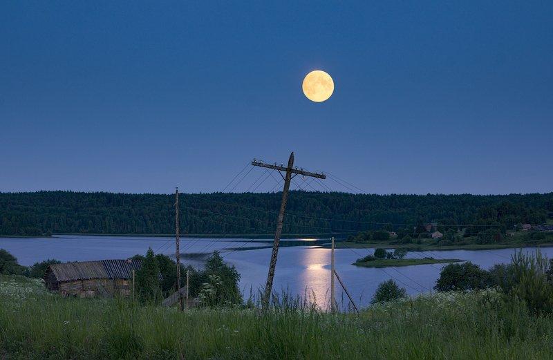 Ночь, луна, белая ночь, Кенозерский парк, Русский север, озеро, лунная дорожка photo preview