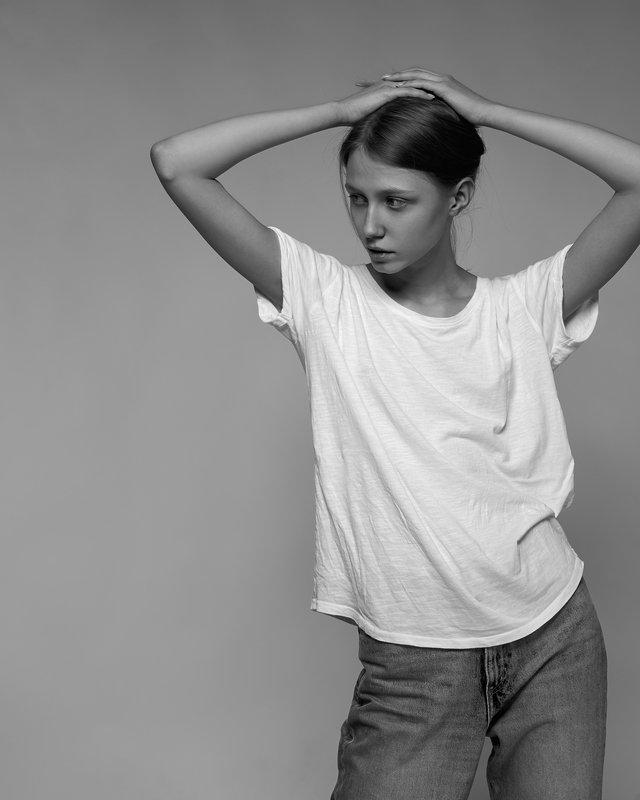 girl, ufa, studio, flash light, face, young, model, fashion model Testphoto preview