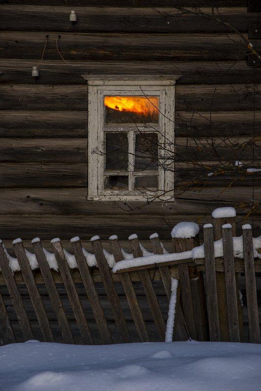 архангельская обасть, закат, зима, мороз, русский север, заброшенные деревни Одиночествоphoto preview