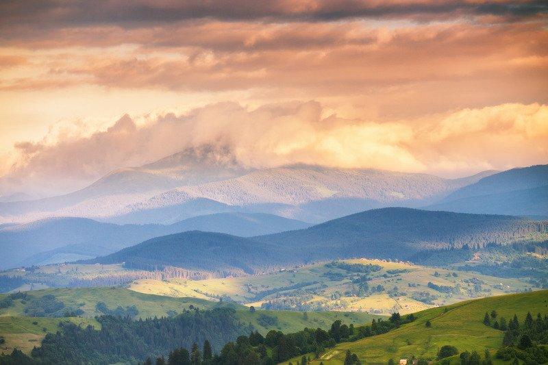 вечер, горы, закарпатье, закат, июнь, карпаты, лето, украина Летом в черной Тисеphoto preview