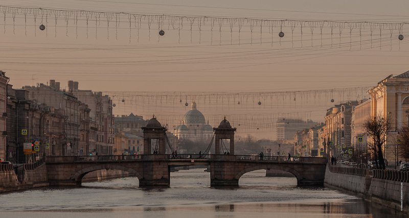 streetphotography, walk, cityscape, bridge, architecture, cathedral Троицкий мостphoto preview