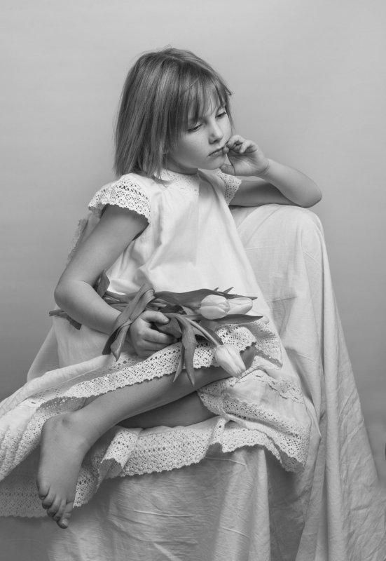 fine art , постановочная фотография ,жанровый портрет, детский портрет photo preview