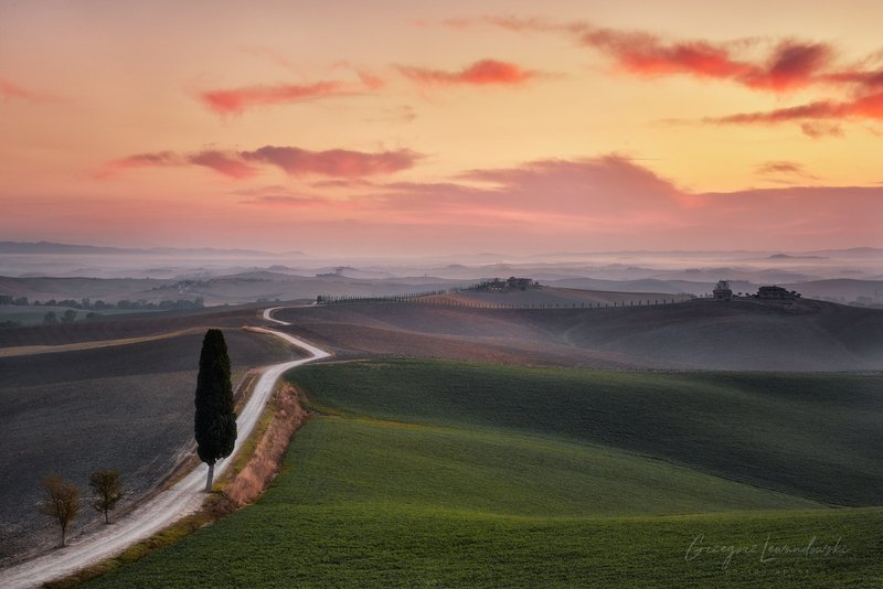 Tuscany roadphoto preview