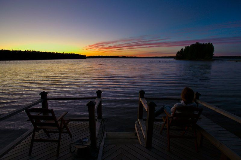 озеро, закат Два места в партере на вечерний сеансphoto preview