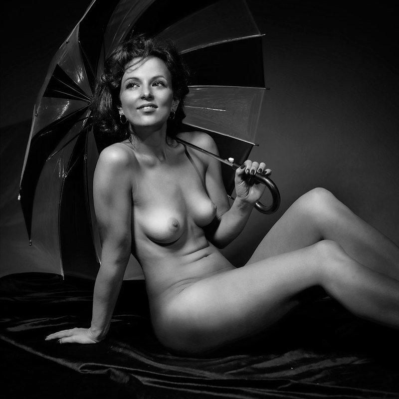 Счастливый зонтикphoto preview