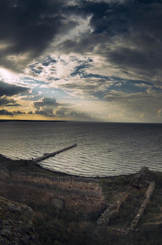 estuary,fortress,skyscrapers,ukraine,water,waterscape,dniester,sunlight,sunrise,sunset ,sunshine, пейзаж, белгород-днествровский лиман, белгород-днестровск, лиман, украина, аккерман Dniester Estuaryphoto preview