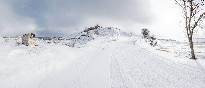 зима, снег, архитектура, древность, античность, гора митридат, городище, пантикапей, боспорское царство, керчь, крым, россия К ЗАСНЕЖЕННЫМ СНАМ МИТРИДАТА.photo preview